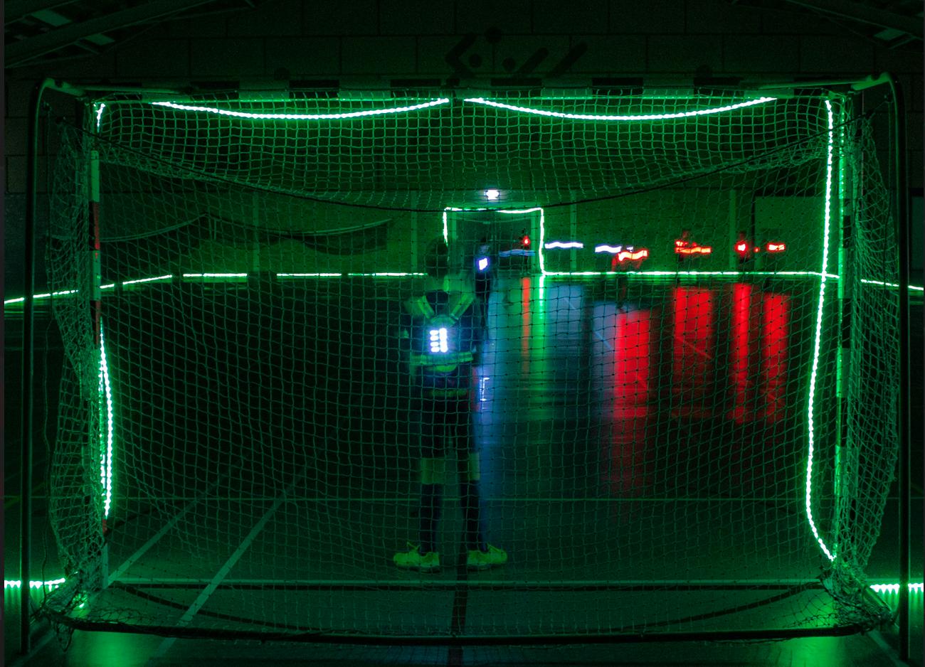 Voetballen in het donker: Update